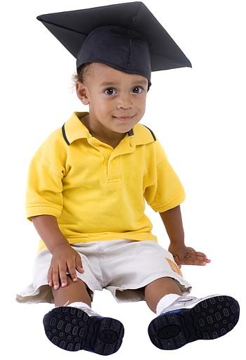 jongen op kinderopvang