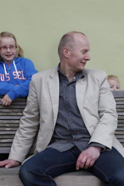 Communiceren met mannen over vaderschap? Henk Hanssen vertelt u er alles over.