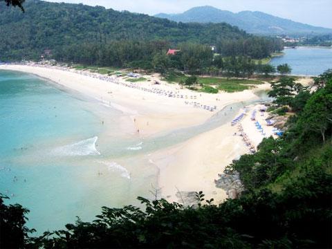 naiharn_beach1