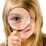Detectivespel laat kinderen speuren naar bewijsmateriaal