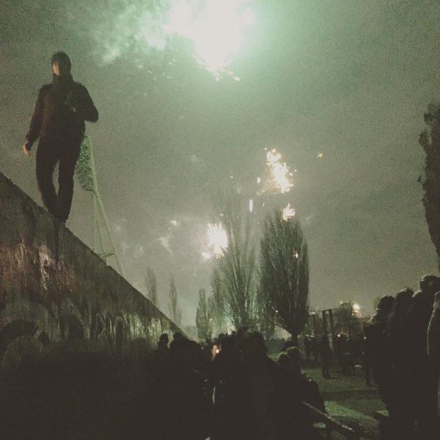 Mauerpark 112018 0014 Uhr Frohes Neujahr aus Berlin!